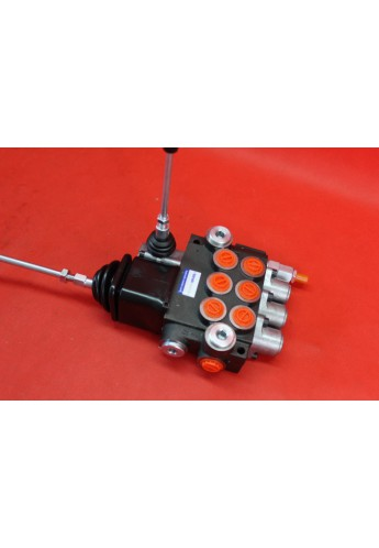 Monoblock directional control valve 40 l/min (11GPM) 3 spool double actiong