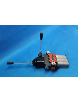 Control valve 3 section 40 l/min (11GPM)  with 3 swimming sections and joystick