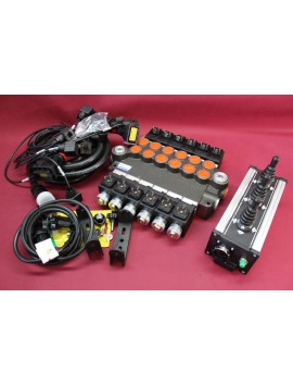 Distributor valve 6 function 6 spool + control panel with 3 joystick with cables 80 l/min 21 gpm 12V