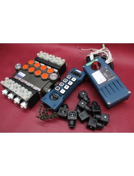 Monoblock Hydraulic valve 4 sections 50l/min 13 gpm 12V + Industrial remote control 8 buttons single speed HM Line 800 12V