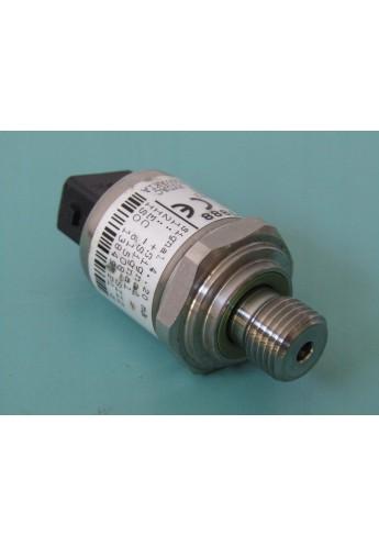 Hiab sensor 3957888 395-7888 max 300 bar VOLTAGE 12-32 V DC
